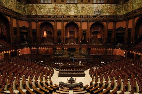 Odg alla camera per diritto di voto dei lavoratori for Ieri alla camera dei deputati